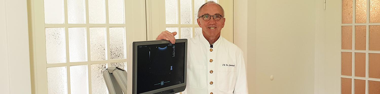 Privatdozent Dr. Jakobeit in Wipperfürth
